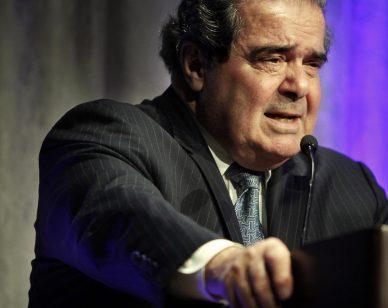 Scalia speaks at University of Memphis Law School