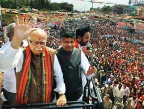 BJP Leader L.K. Advani leading his infamous religious pilgrimage. Image Source: Indian Express