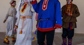 Sámi_presentation_in_the_cultural_Centre_in_Lovozero,_Kola_Peninsula,_Russia
